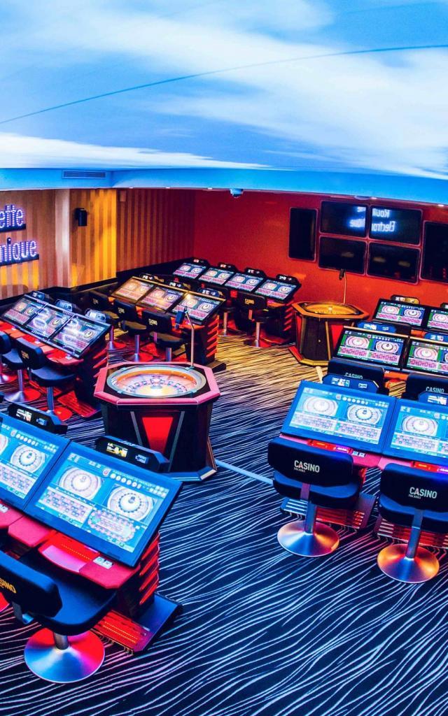 casinopalavas-guilhemcanal01-copie-scaled.jpg